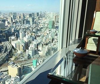 東京ステーションホテルでは、チェックイン時に精算を済ますことを伝えていた